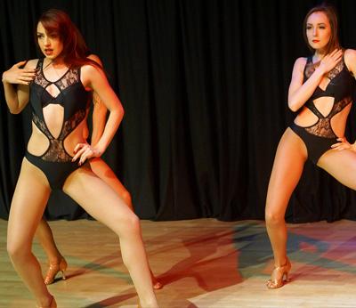 Bespoke Cabaret Dancers